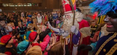 Honderden kinderen bij intocht in Heino