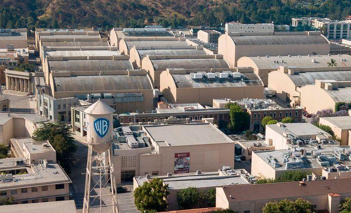 Warner Bros Studios in Burbank, Californië. Warner Bros. gaat komend jaar alle nieuwe films tegelijkertijd in de bioscoop en op zijn eigen streamingdienst aanbieden.