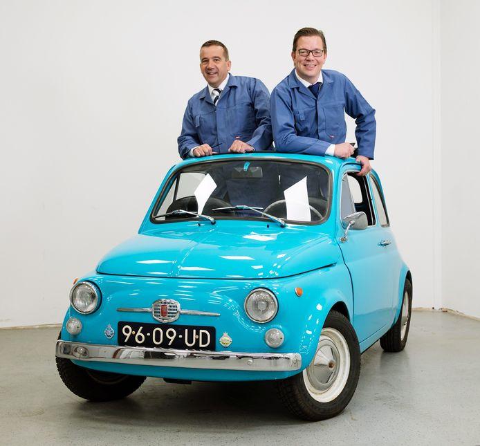 Han Post en Bas Oude Luttikhuis (rechts) stappen met MrWheelson in de import van duurdere Duitse occasions.