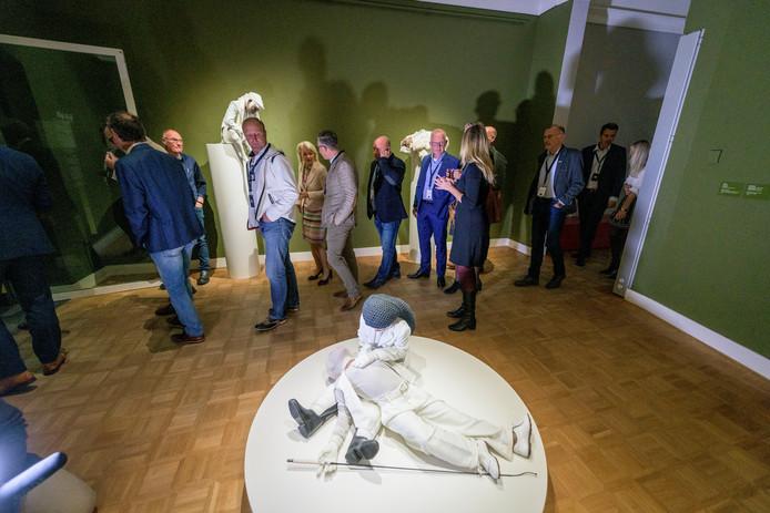 TT-2019-013257 Bezoekers van het KPMG-Rabo Prinsjesdag Ontbijt konden tevens een kijkje nemen in het Rijksmuseum Twenthe.