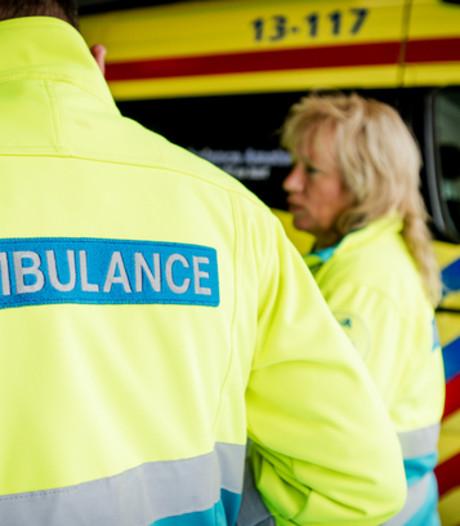 Minder agressie in ambulances door meerijden beveiliger