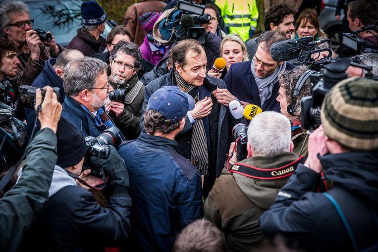 Minister Wiebes vorige week op bezoek in Groningen. Beeld anp