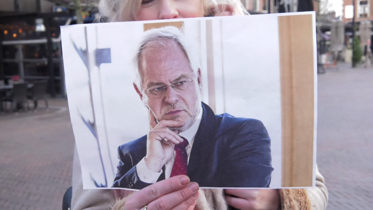 Herkennen Oldenzalers hun burgemeester?