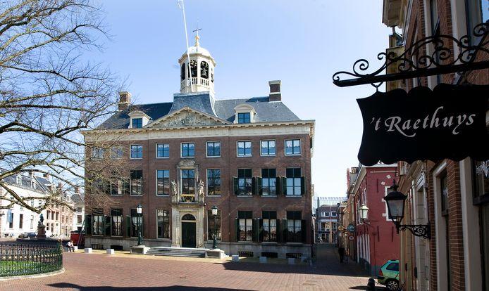 Het stadhuis van Leeuwarden, foto ter illustratie