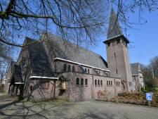 Verontruste parochianen uit Langeveen krijgen hulp van juristen