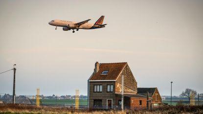 Luchthaven gaat zelf stof meten