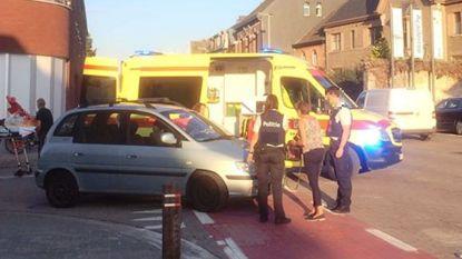 Vrouw gewond aan arm na aanrijding ter hoogte van zaal Pax