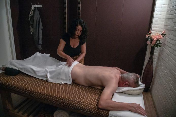 PR dgfoto Gelderlander Nijmegen: Thaise massagesalon Baipho Thai Massage Klimopstraat