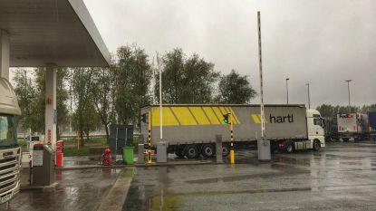 Truckers kunnen 's nachts weer tanken op parking E40