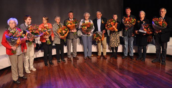 De gedecoreerden van Winterswijk op een rij.