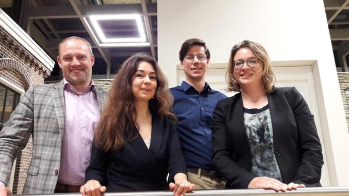 De beoogde nieuwe jonge wethoudersploeg in Wageningen: Dennis Gudden (D66), Lara de Brito (GroenLinks), Peter de Haan (ChristenUnie) en Anne Janssen (PvdA).