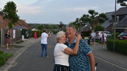 Tweelindendreef voert 50ste (en laatste) dansje op voor zorgpersoneel