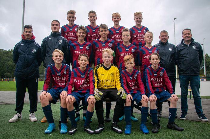 Ongekroonde kampioenen: VV Hellendoorn JO15-2