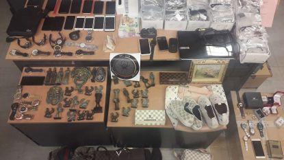 Gerechtelijke Brigade treft 200 gestolen voorwerpen aan bij vermoedelijke heler: politie op zoek naar slachtoffers