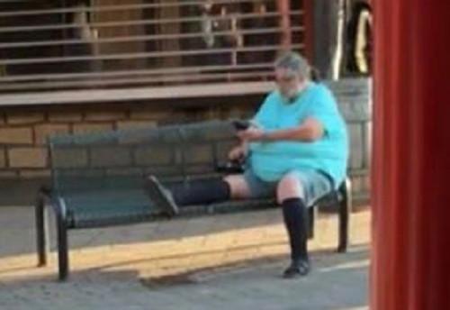 Een Duitse gast van attractie- en vakantiepark Slagharen is van het park gestuurd nadat hij betrapt was op het stiekem fotograferen van passerende vrouwen.
