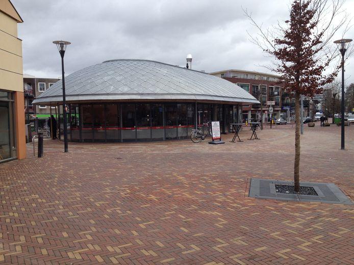Het nieuwe vispaviljoen op het Zwaaiplein.