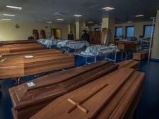 Uitvaartbranche Oost-Nederland blijft rustig: noodscenario's zoals in Italië 'niet nodig'