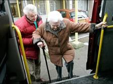 Busje brengt Wehlse ouderen naar supermarkt