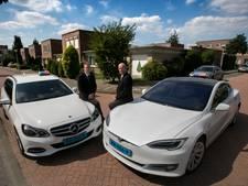 Huisman heeft primeur voor Eindhoven met Tesla-taxi