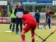 HC Tilburg-trainer Jeroen Delmée praat liever over hockey dan corona