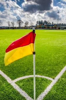 'Fluisterjuichen' ook bij de amateurs; omvangrijke coronaprotocollen van de KNVB