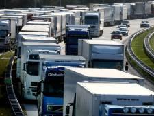 Verkeer staat vast in ochtendfiles op A28 en A1