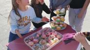 GO! Basisschool De Klimop zamelt met marktje 425,10 euro in voor Rode Neuzen Dag