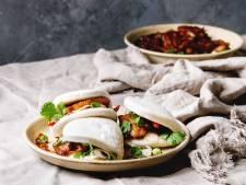 Wat Eten We Vandaag: Bao buns met buikspek en ingelegde komkommer