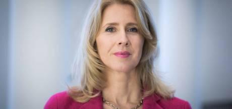 Staatssecretaris Mona Keijzer in Hattem tussen de spelletjes en het metaal