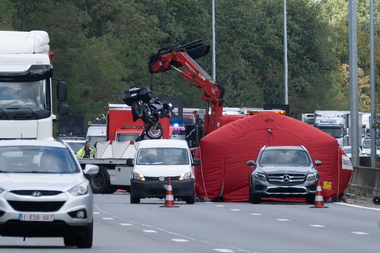 Ongeval met motorrijder op de E19 in de richting van Brussel ter hoogte van Mechelen-Noord