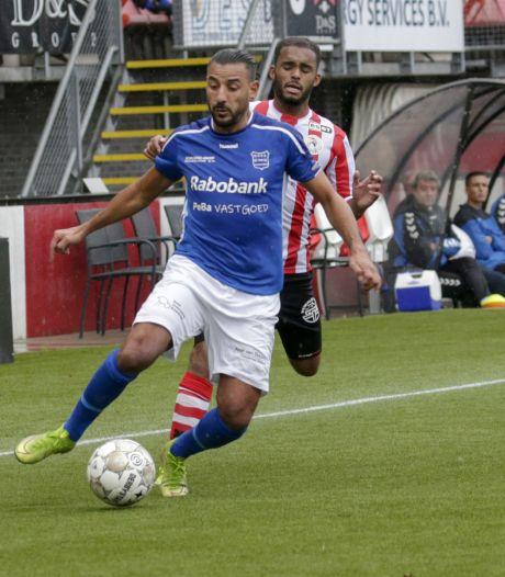 Adnane en De Jong verlengen contract bij GVVV