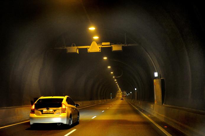 Tunnel moet beter worden verlicht\' | Zeeuws-Vlaanderen | pzc.nl