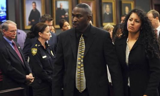 Ronald Davis, de vader van het slachtoffer, en zijn vrouw Carolina.