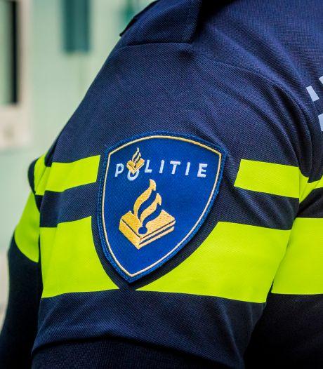 Man (31) aangehouden voor overval met vuurwapen in Almere