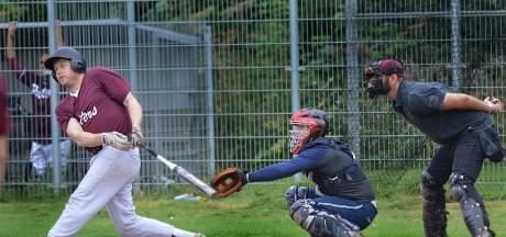 Softballers Panters beginnen met winst