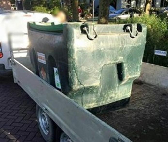 Het opslagvat met diesel