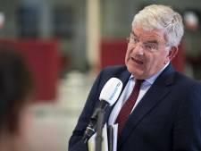 Burgemeester Van Zanen eerder terug van vakantie om ellende op Scheveningen: 'Onacceptabel'
