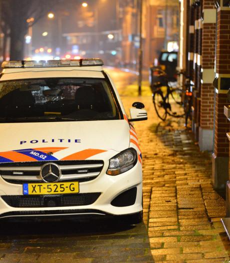 Politie zoekt derde verdachte van beroving op Wilhelminasingel