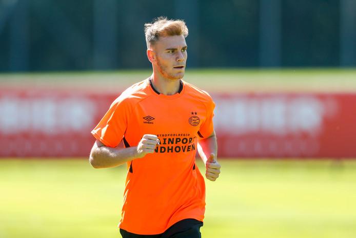 Toni Lato bij een van zijn eerste trainingen voor PSV in juli.