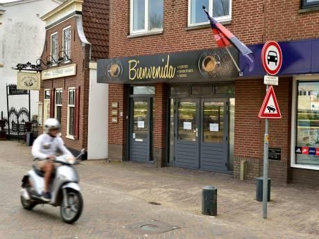 Eigenaresse van Waddinxveense tapasbar waar 27 man een bon van 390 euro kreeg: 'Verhalen doen me niets'