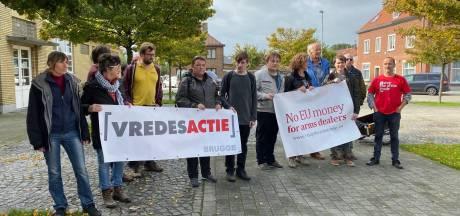 Manifestatie tegen ontscheping Amerikaanse troepen in Zeebrugse haven