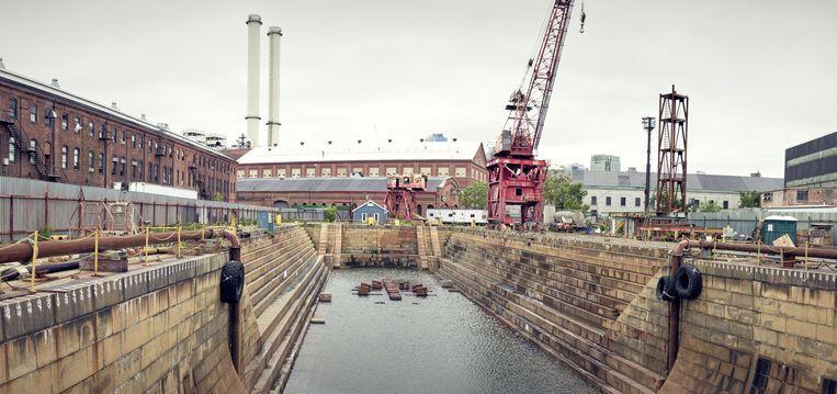B.NewYork (in het gebouw midden op de foto, achter het water) in Brooklyn moet een spil worden in de nieuwe bedrijvigheid die New York wil aantrekken. Beeld Sebastiano Tomada
