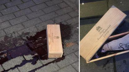 Duur ongelukje voor wijnleverancier: fles wijn van 2.500 euro valt aan diggelen voor deur van restaurant in Maarkedal