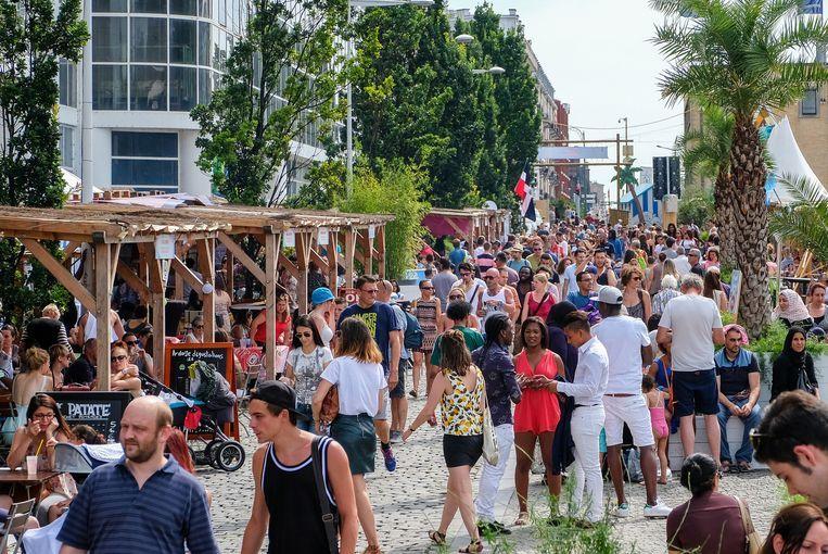 """""""Hello Summer"""" vervangt dit jaar Brussel-Bad (hier in beeld) dat door de werken aan de Akenkaai noodgedwongen moest verhuizen."""