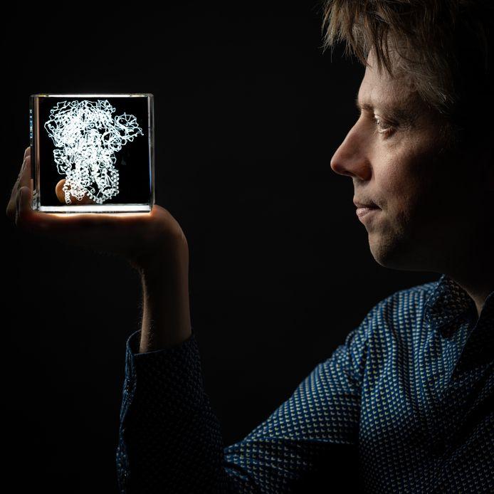 Onderzoeksleider Berend-Jan Bosch
