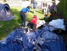 Nederlandse scouts stromen Kapelle binnen