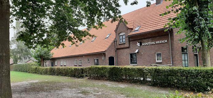 Scoutinggebouw De Elleboog, aan de Leekenstraat in Heesch.