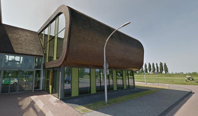 Het gemeentehuis van Midden-Delfland in Schipluiden