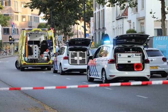 De politie heeft een deel van het Oranjepark afgezet.