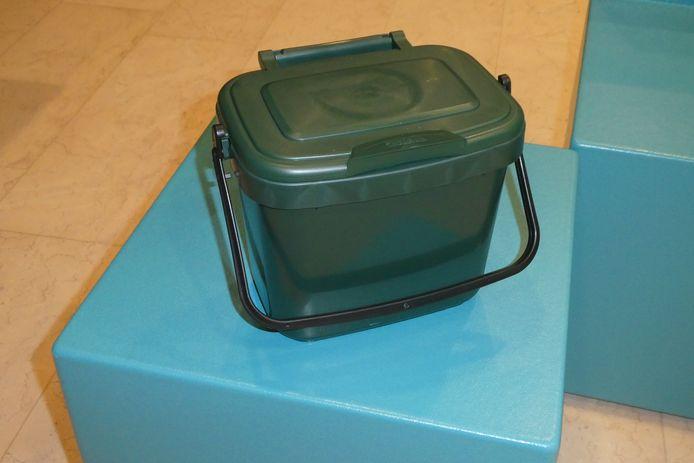 Gestel wil een proef doen met kleine afvalbakjes voor GFT. Zo moet er minder GFT bij het restafval komen.
